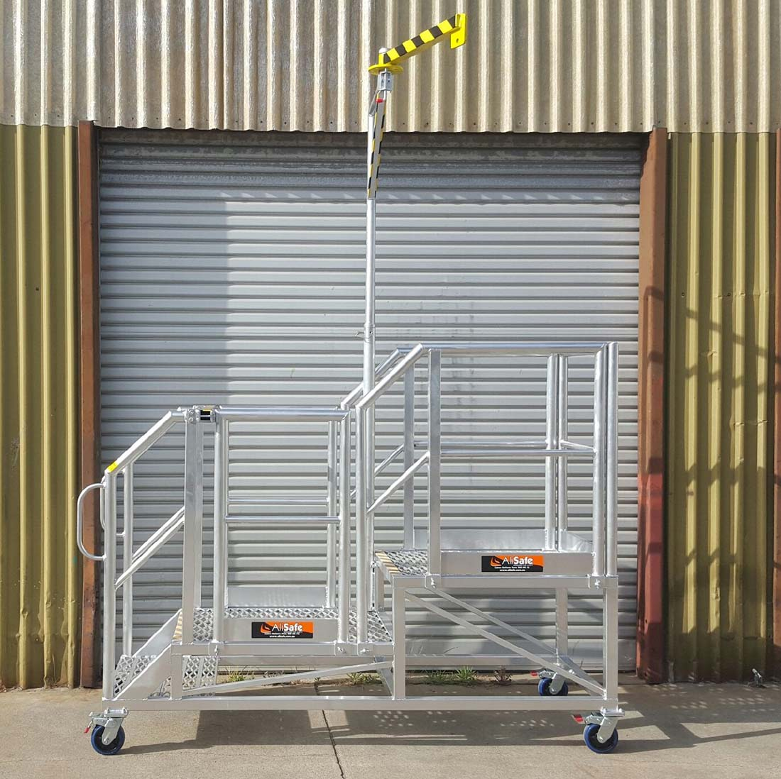 custom-aluminium-work-platform
